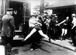 Annette Kellerman Arrested